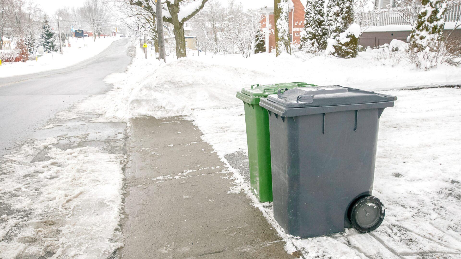 Konteinerite puhastamine lumisel ajal